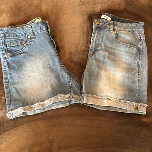 Jean shorts kensie